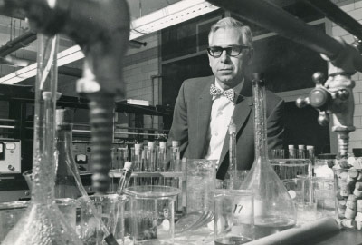 Lowell Weller in a lab
